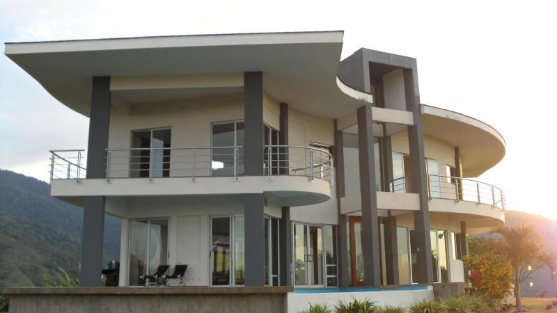 Eden Estate - Up to 35% off listed rates - Image 1 - Manuel Antonio National Park - rentals