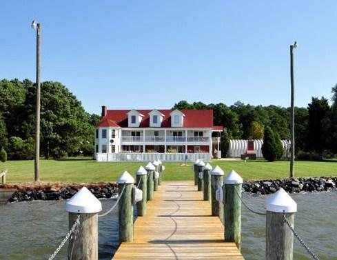 View from our private dock - Yr Round Estate on Bay / Family Reunions Sleeps 28 - Cambridge - rentals
