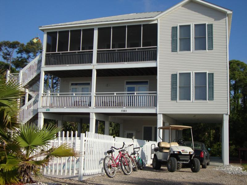 Front view -5 O Clock Somewhere - Military,police/fire discounts-free pool heat - Saint George Island - rentals