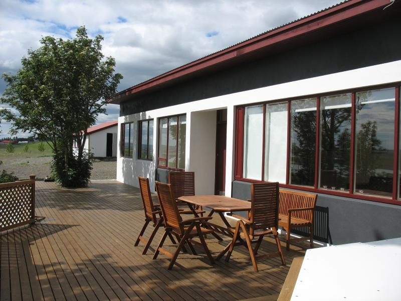 The terrace with outdoor furnitures - Nonnahus - Luxury Vacation Rental in South Iceland - Selfoss - rentals