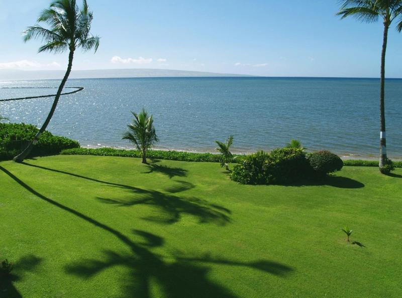 View from your lanai of the ocean and the island of Lanai - The Ultimate Oceanfront Penthouse - Kaunakakai - rentals