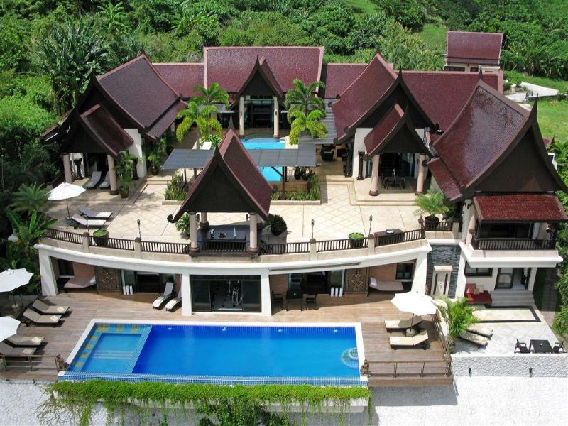 www.bannchangthai.com    Overview of the house. - Luxury 7-9 Bedroom  Pool Villa Phuket, Thailand - Kamala - rentals