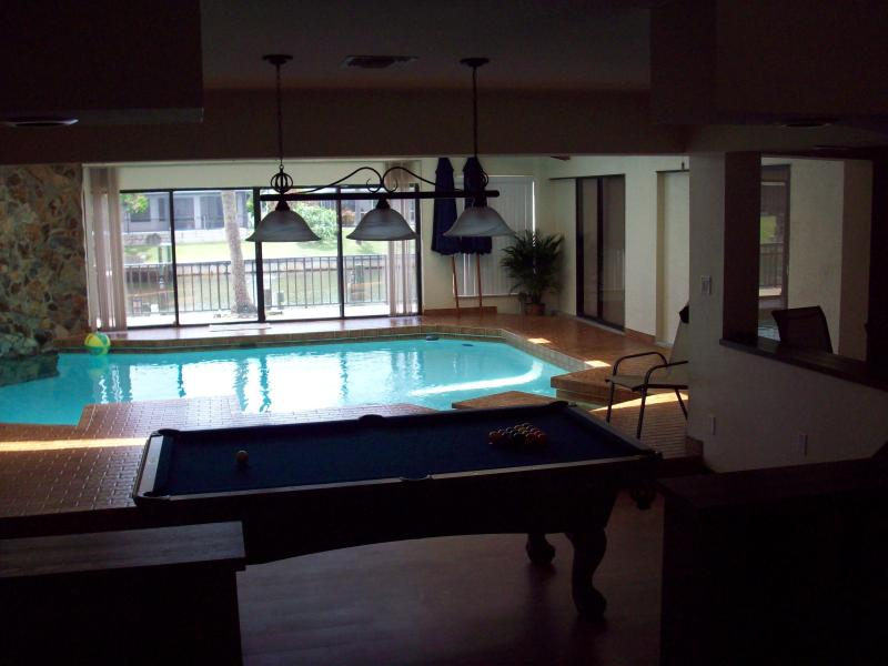 living room - Sailor's Retreat Indoor Saltwater Pool! 3150 sqft! - Cape Coral - rentals