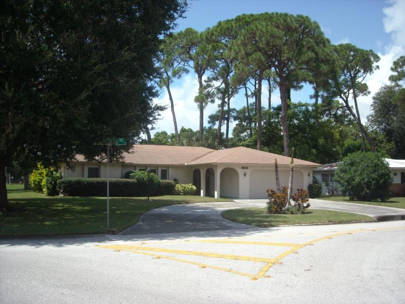 Exterior - Beautiful House in Great Vacation Location - Sarasota - rentals