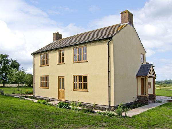 TOP HOUSE, pet friendly, country holiday cottage, with a garden in Northwood, Ref 4267 - Image 1 - Shropshire - rentals