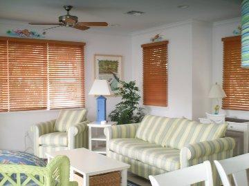 Villa 5001 Living Room - 5004 Hawks Cay 3 BR / 3 BA  Private Pool Duck Key - Duck Key - rentals