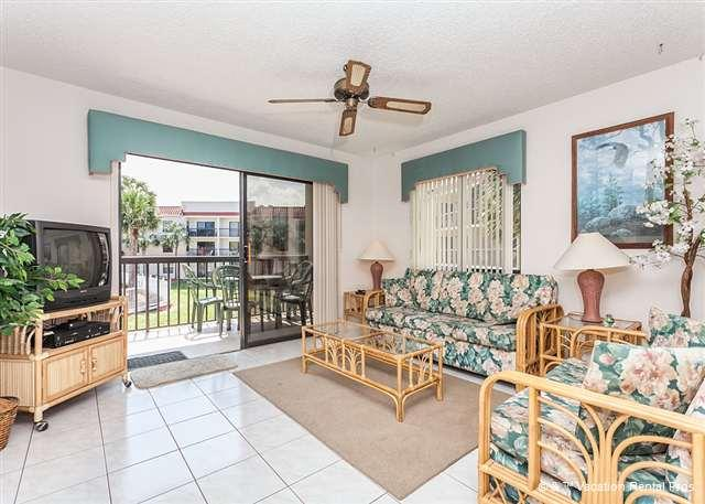 Feel right at home in our beach cottage living room! - Ocean Village J21, 2nd Floor, Lanai, 2 pools - Saint Augustine - rentals