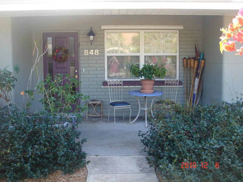 2/1 Main front door and porch - NW SRQ 2/1 House Avail JAN, MAR, APR  2016! - Sarasota - rentals