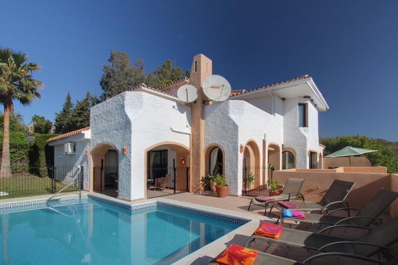 Villa Los Pulus, Large Private Villa era Puerto Banus - Puerto Banus Villa with Private Pool and Sea Views - Marbella - rentals