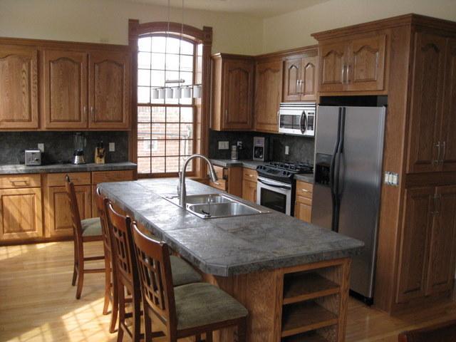Fully Equipped Custom Kitchen - Luxury Door Peninsula Loft-35 Mins from Lambeau - Kewaunee - rentals