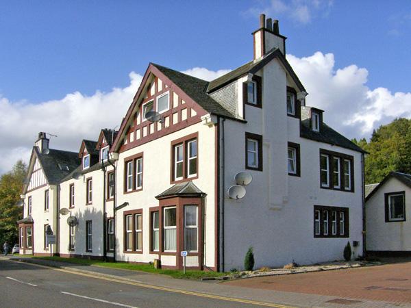 ABERFOYLE APARTMENT, family friendly, country holiday cottage in Aberfoyle, Ref 4295 - Image 1 - Aberfoyle - rentals