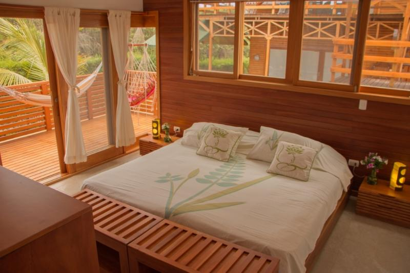 Apartment room two with double bed, own terraces and bathroom - Chez Manany Galapagos Ecolodge - Puerto Villamil - rentals