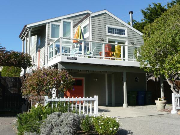 View from 21st Avenue - Remodeled Home with Pool Table & Ocean Views! - Santa Cruz - rentals