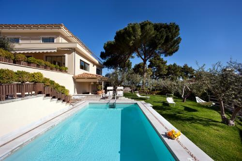 SEA VIEW VILLA WITH PRIVATE POOL IN SORRENTO - Image 1 - Sorrento - rentals