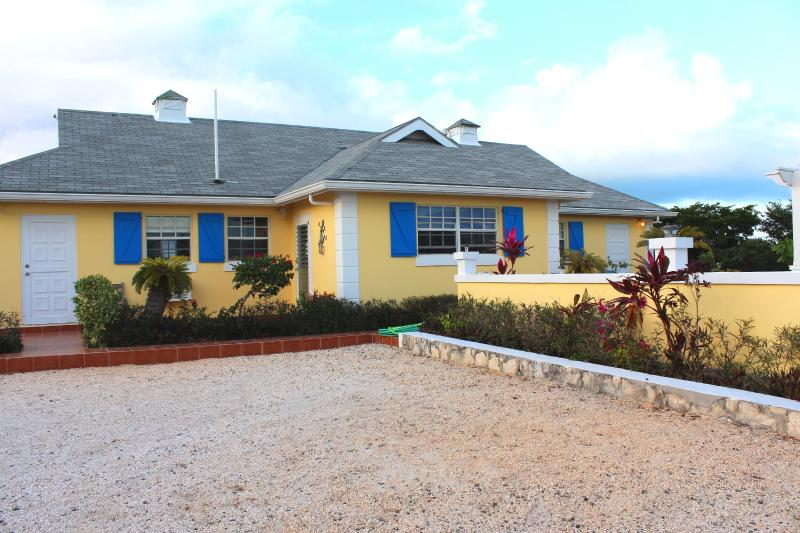 Gracemir House - Gracemir House- Large 2 bedroom, sleeps 4-6 - Providenciales - rentals