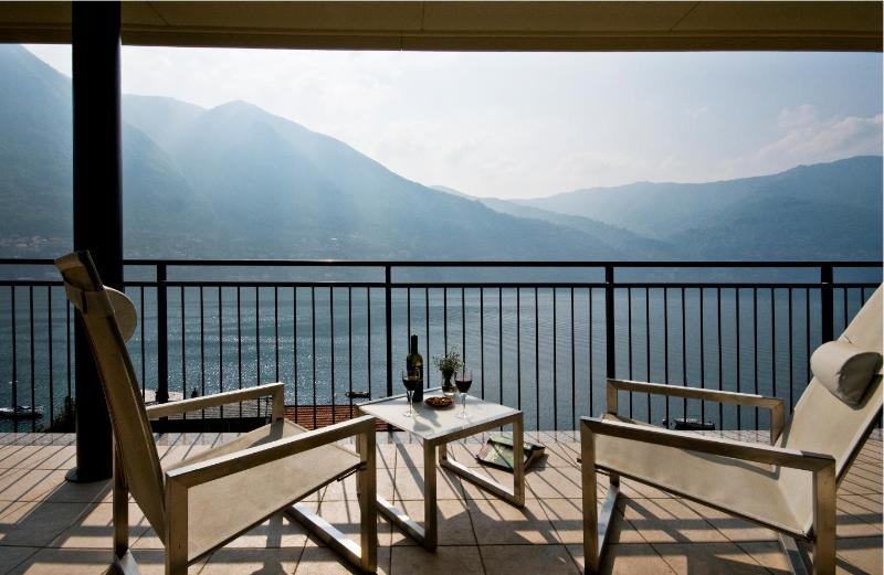 80 degree lake views to marvel at from your private balcony - Laglio Penthouse Paradise - Laglio - rentals