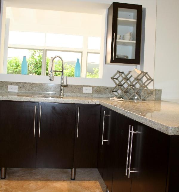 Modern 3BR South Beach Apt PARKING & WIFI INCLUDED - Image 1 - Miami Beach - rentals