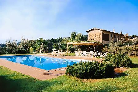 Family-friendly Casa Luciana with countryside views, fenced pool and outdoor wood oven - Image 1 - Lucca - rentals