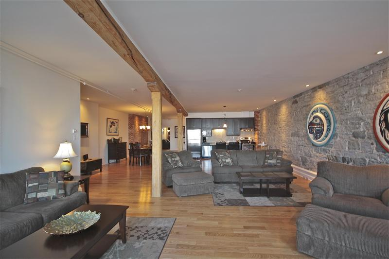 View of the spacious lliving, dining and kitchen area - Old Quebec - View of the St. Lawrence - 3 Bedroom - Quebec City - rentals
