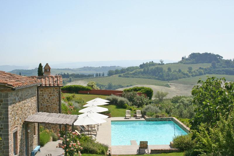 Apartments for Group of Friends Near San Gimignano - Villa Ciliegiolo - Image 1 - San Gimignano - rentals
