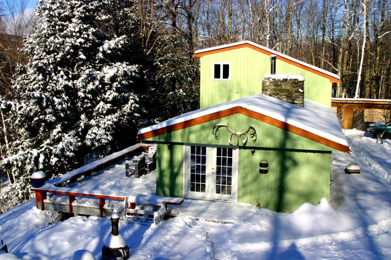 First Snow - Camels Hump Cabin - Waterbury - rentals