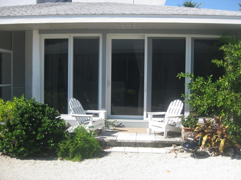 Welcome to White Caps! - Sanibel Island Seaside Bungalow - Sanibel Island - rentals
