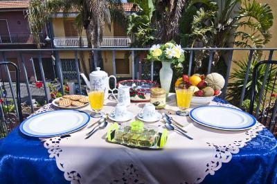 AcquaMarinA Holiday House - Image 1 - Acireale - rentals
