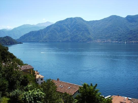 view from Residence - Alba - a beautiful apartment ,excellent lake views - Como - rentals