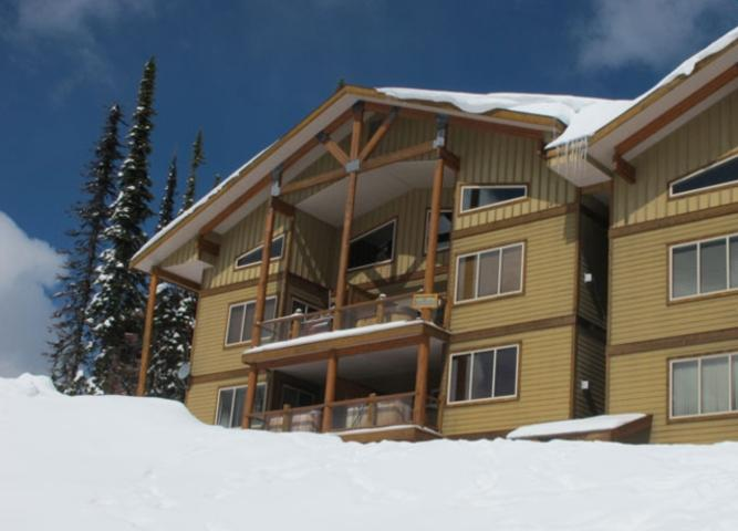 Great Condo with 3 Bedroom-3 Bathroom in Big White (#11 - 205 Raven Ridge Rd. SNWYCK11) - Image 1 - Big White - rentals