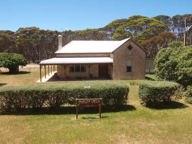 Dudley Villa - Penneshaw/Kangaroo Island/ Pets/Dudley Villa/ - Kangaroo Island - rentals