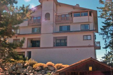 Great House with 3 Bedroom/3 Bathroom in Lake Tahoe (237a) - Image 1 - Lake Tahoe - rentals