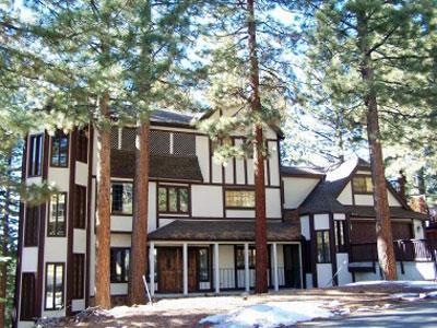 Idyllic House with 6 BR/5 BA in Lake Tahoe (280) - Image 1 - Lake Tahoe - rentals