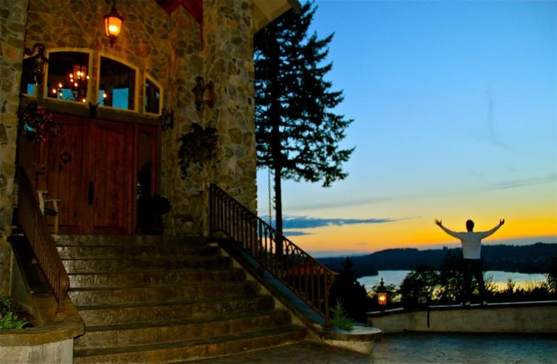 Adytum and Lake Mayfield at Sunset - Adytum Sanctuary; Star of the North Suite-5 Star - Mossyrock - rentals
