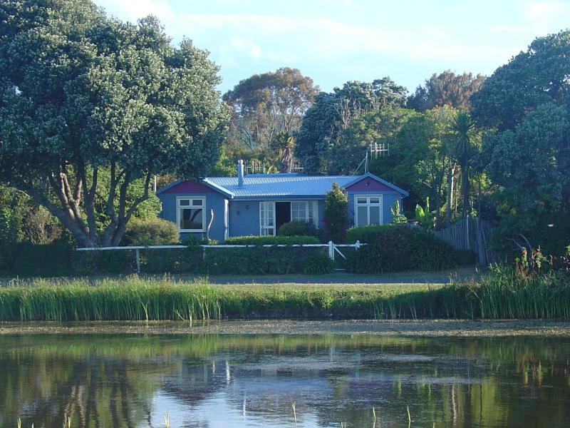 House from Beach - Te Awanga Villa - Napier - rentals