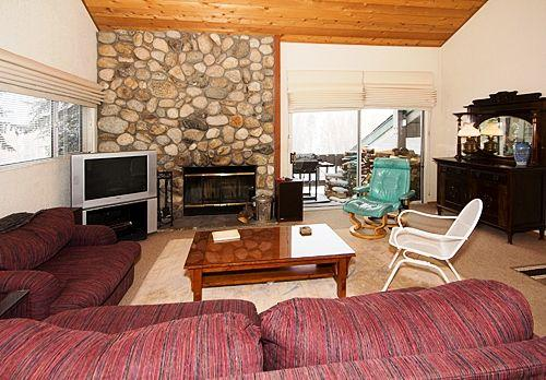 Gorgeous House in Mammoth Lakes (Snowcreek #630 (Phase 4)) - Image 1 - Mammoth Lakes - rentals