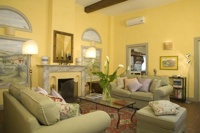 Palazzo Antellesi 2 Bedroom Apartment in Florence - Image 1 - Florence - rentals