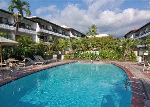 Casa De Emdeko 310- 1/1 DELUXE  in an OceanFront Community - Image 1 - Kailua-Kona - rentals