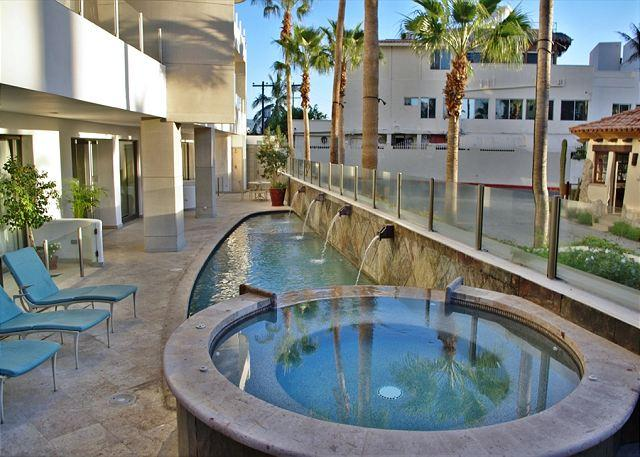 Common area jacuzzi & pool - OMB 10C - Luxury Condo in Cabo´s hottest beach spot - Cabo San Lucas - rentals