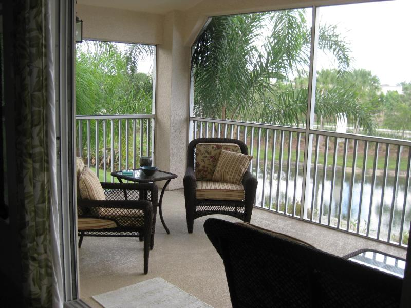 Lanai with great view - Majestic Palms 2 bdrm Carriage Home with Loft - Fort Myers - rentals