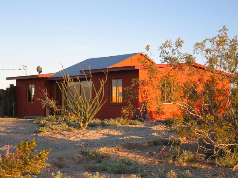 TODOS SANTOS - Joshua Desert Retreats - Image 1 - Joshua Tree - rentals