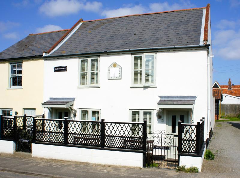 Coxswain's Cottage - Self Catering in Thorpeness just 100m from the beach! - Self-Catering Holiday Cottage in Thorpeness - Thorpeness - rentals