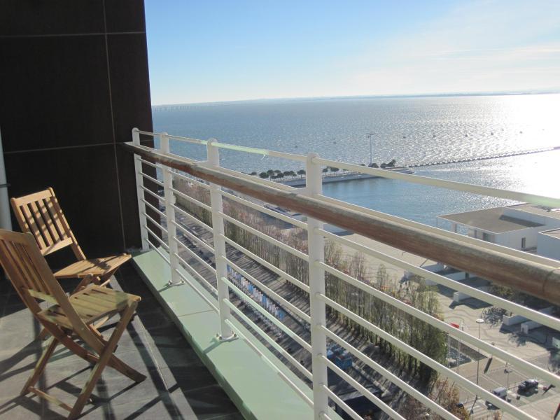 Lisbon Fabulous 17th Floor River View Duplex  Expo - Image 1 - Lisbon - rentals