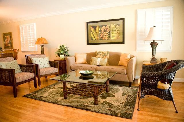 Living Room with Tropical Contemporary Furnishings - Ko Olina Kai Gorgeous 3 bdrm Condo - walk to beach - Kapolei - rentals