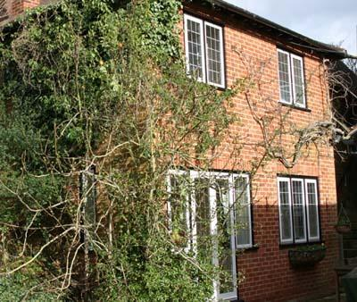 View of apartment from the garden - Thieves Garden - Serviced, Self Catering Apartment - Maidenhead - rentals