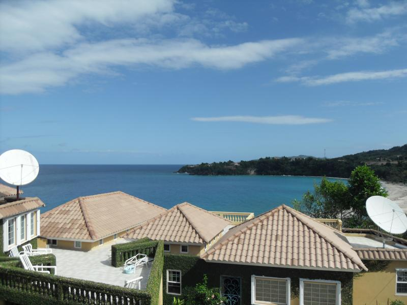 view from upstairs balcony - The big white villa with private pool & jacuzzi. - Ocho Rios - rentals