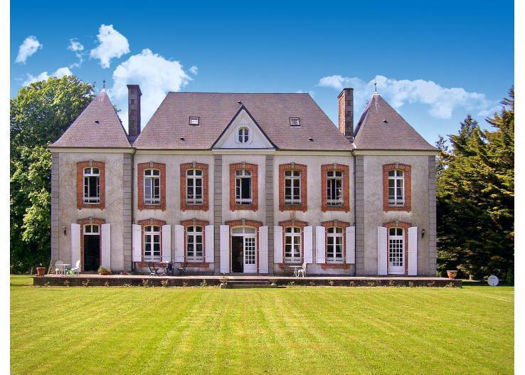 Le Castelet - Image 1 - Montpinchon - rentals