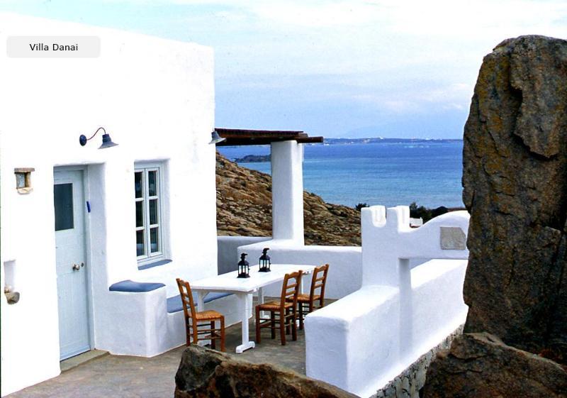 Villa Danai-Peaceful traditional house,Naoussa - Image 1 - Naoussa - rentals