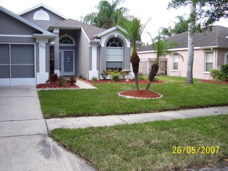 FRONT OF HOUSE - nice clean home with pool - New Port Richey - rentals
