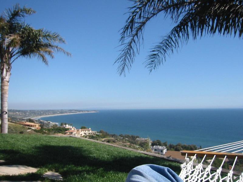 View from Sunset Landing - Beachcomber Bungalow; panoramic views, 4 night min - Malibu - rentals