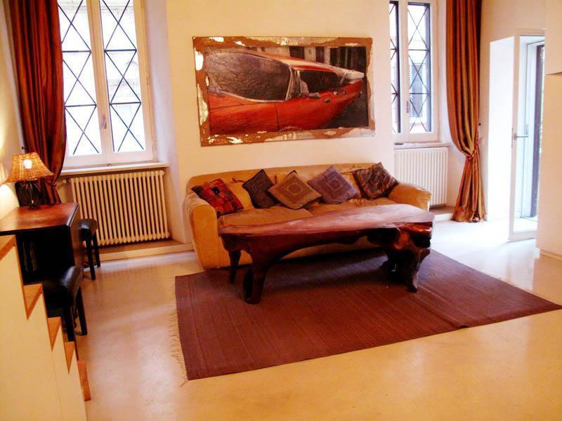living area with exit to terrace on the right - Prestigious w.TERRACE in Ghetto near CampoDeFiori! - Rome - rentals